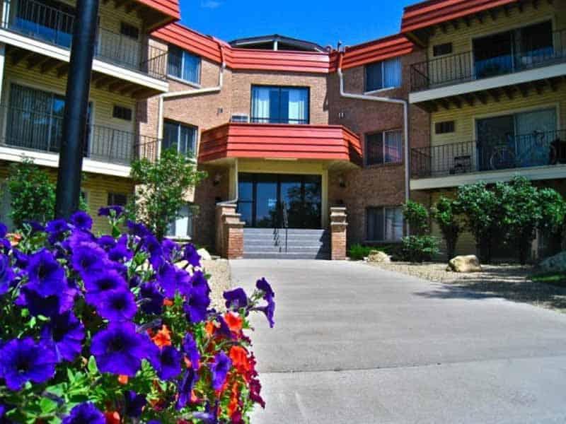Bluffs Of Burnsville Apartments For Rent In Burnsville Mn